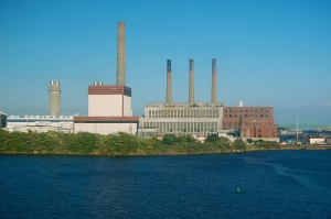 Exelon asks FERC for compensation to keep two power plants and Everett LNG operational