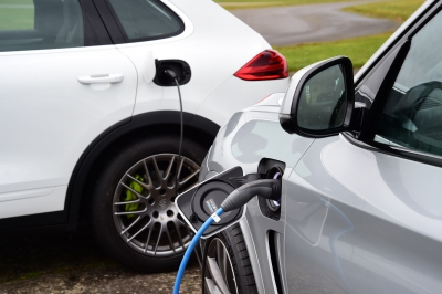 Electric cars uptake in the UK propels up peak power demand to 3.5GW
