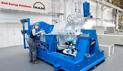 MAN steam turbine during assembly