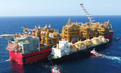 Shell feeds gas onto Prelude FLNG